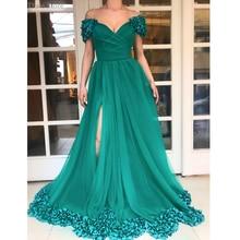Зеленое платье для выпускного вечера с открытыми плечами и v