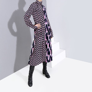 Image 3 - [EAM] Women Pattern Print Split Temperament  Dress New Bow Collar Long Sleeve Loose Fit Fashion Tide Spring Autumn 2020 19A a872