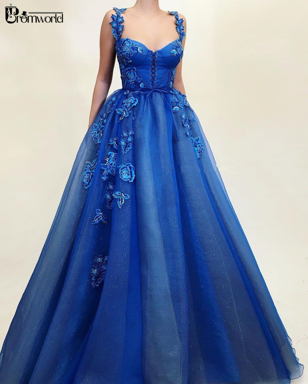 Royal Blue Muslim   Evening     Dresses   2019 A-line Embroidery Flowers Dubai Saudi Arabic Formal   Evening   Gown Long Prom   Dress   Party
