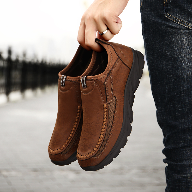 QZHSMY 2019 Hot Men Comfortable Non-Slip Leather Casual Shoes First Layer Cowhide Sneakers Men Breathable Hiking Boots 39-48