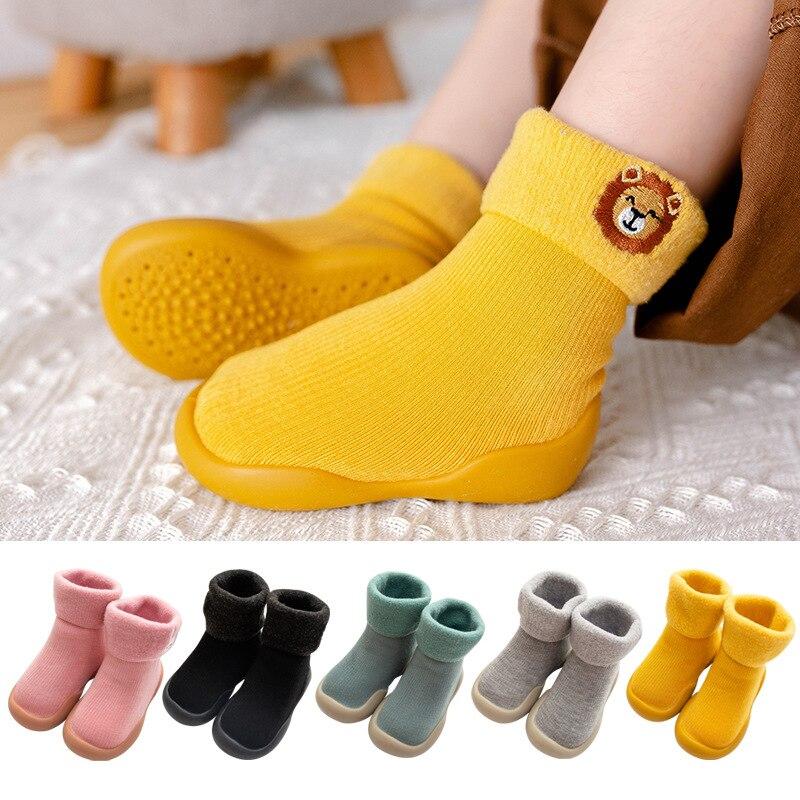Bordado inverno crianças sapatos de neve quente meias infantis meninos escovado meias grossas botas do bebê meninas solas macias sapatos da criança