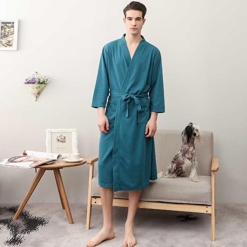Темно зеленые домашние халаты впитывающие и быстросохнущие ночные рубашки