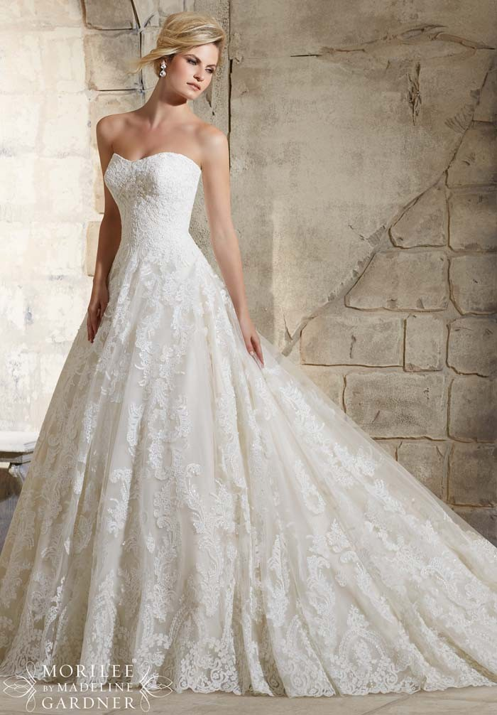 Fashion Wedding Bridal Gowns Chapel Train Tulle Backless Tulle Appliques Backless A Line Wedding Bridal Dresses 2015 Vestidos
