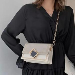 Image 2 - Axukes 스크럽 가죽 작은 crossbody 여성 2019 새로운 중국 어깨 가방 주요 여성 여행 핸드백과 지갑 이브닝 백
