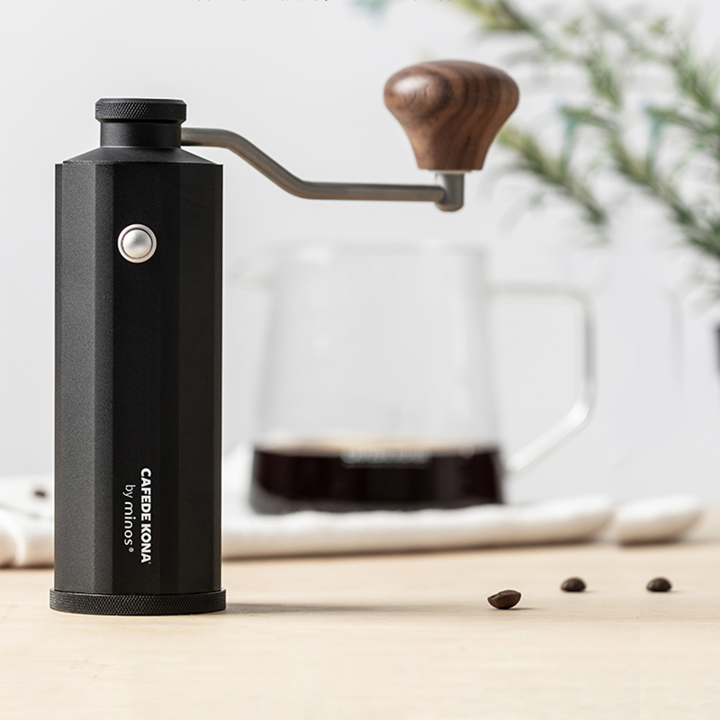 CAFEDEKONA Coffee Grinder High Quality Manual Milling Machine CNC STEEL BURR 20g Mini Espresso Miller External Adjustment Button