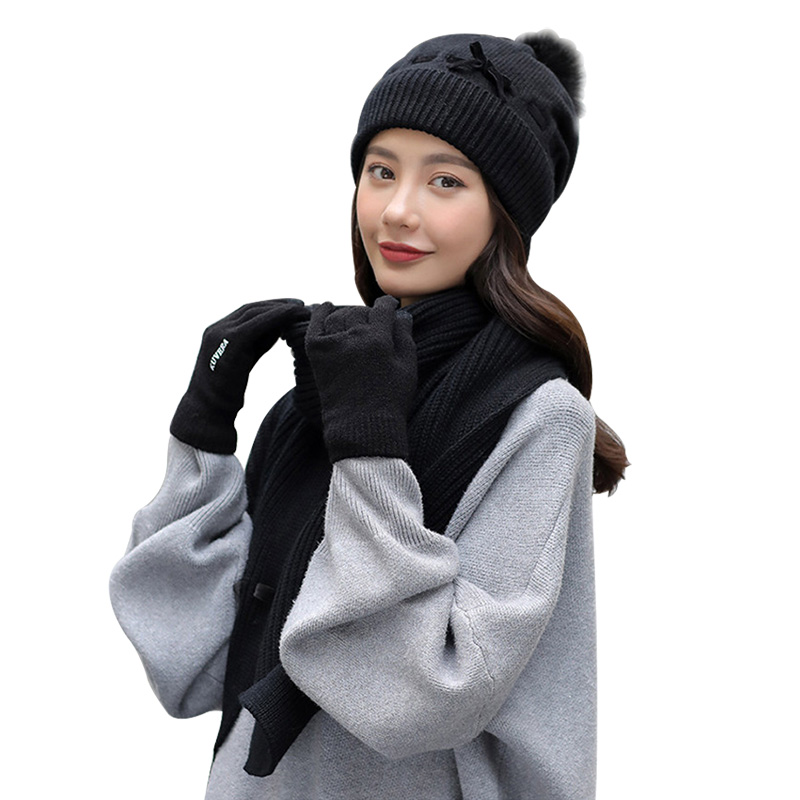 New Winter 3/Set Thick Scarf Gloves And Hats Ladies Warm Knit Shawl Plus Velvet Beanie Cute Fashion Black Hat Gloves Scarf Set