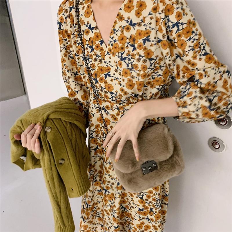 Image 2 - 2020 Spring Design Beautiful Dresses Floral Printed Long Sleeve V Neck Yellow Temperament Lady Vintage Dress Korea Style 12520Dresses   -