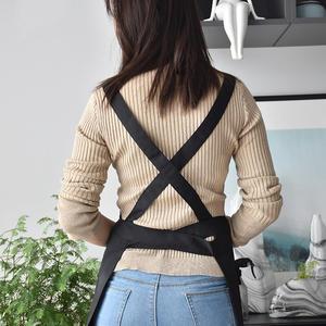 Image 4 - צללית חדשה מעצב סינר מתכוונן יוניסקס סנדלר מדים עם כיסים אמנות חלוק סינרי נשים קוסמטיקאיות עבור Workwear