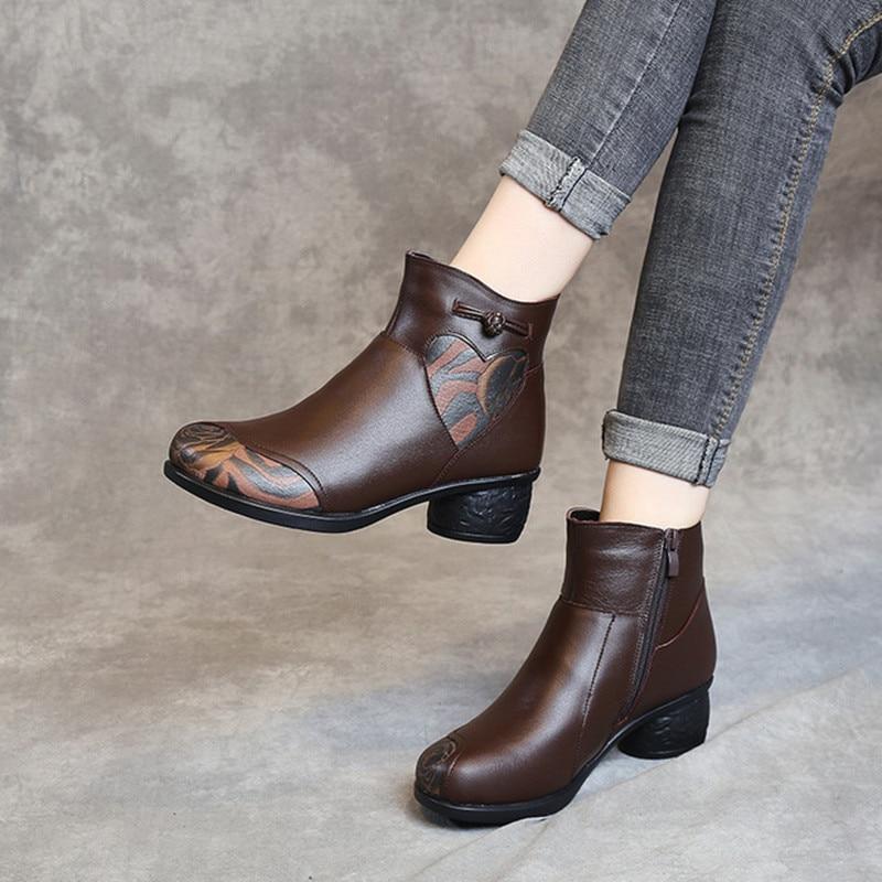 Ботильоны из натуральной кожи в стиле ретро; Сезон Зима; большие размеры; теплая женская обувь; хлопковая обувь; утепленные Плюшевые Ботинки...