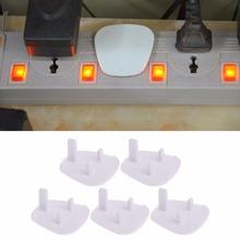 Nowy 5 sztuk UK gniazdko kontakt elektryczny wtyczka sieciowa pokrywa dziecko dziecko osłona zabezpieczająca straż biały kolor cheap app 4 8cmx4 7cm 1 89 x1 85 White UK plug socket 12 m 24 m 12 t 11 t 10 t Stałe Safety plug Protector Bezpieczeństwo elektryczne