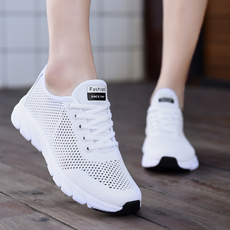 New Mesh Women Sneakers Breathable Flat Shoes Women Lightweight Sports Shoes Non-slip Running Footwear Zapatillas Mujer Casual