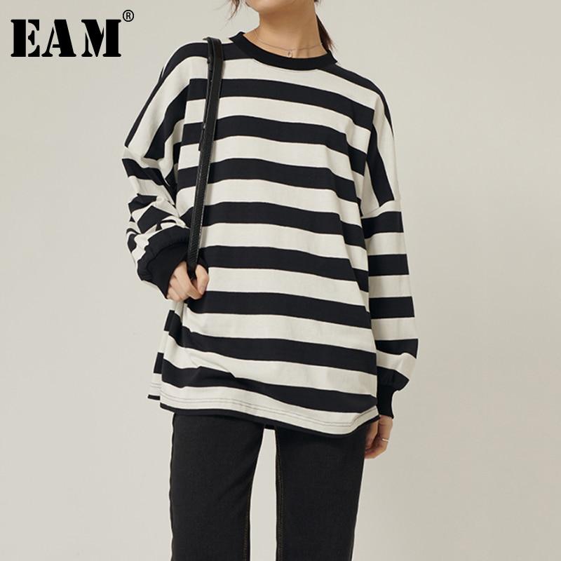 [EAM] Women Black Striped Split Joint Big Size T-shirt New Round Neck Long Sleeve  Fashion Tide  Spring Autumn 2020 1R571