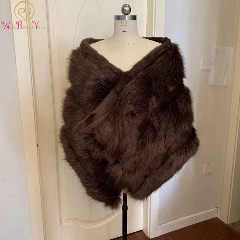 Walk Beside You Brown Wedding Wrap Faux Fur Cape Coat Winter Accessory Bridal Bolero Bride Jacket Shrugs for Women 2020 Real Pic