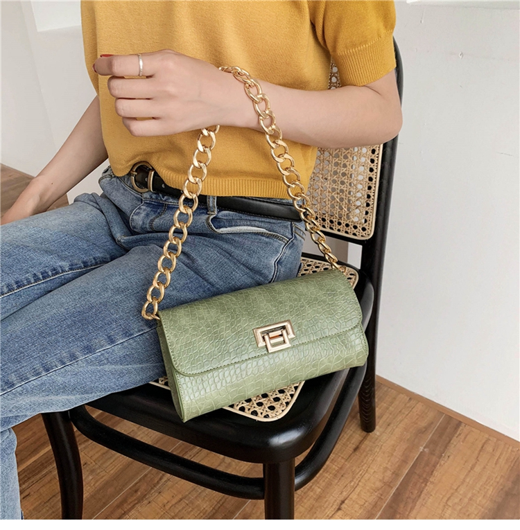 Crocodile Pattern Vintage Soild Color Small Square Bag For Women 2020 summer Handbag And Small Chain Bags Fashion Armpit Bag (12)