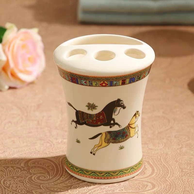 Creative horse brushing cup household soap box Bathroom tooth cylinder cup bathroom toothbrush supplies image