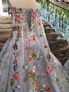 Image 5 - LS00147 długa suknia 2020 lace up powrót aplikacje szary matka córka suknie z odpinanym cape vestido longo de festa
