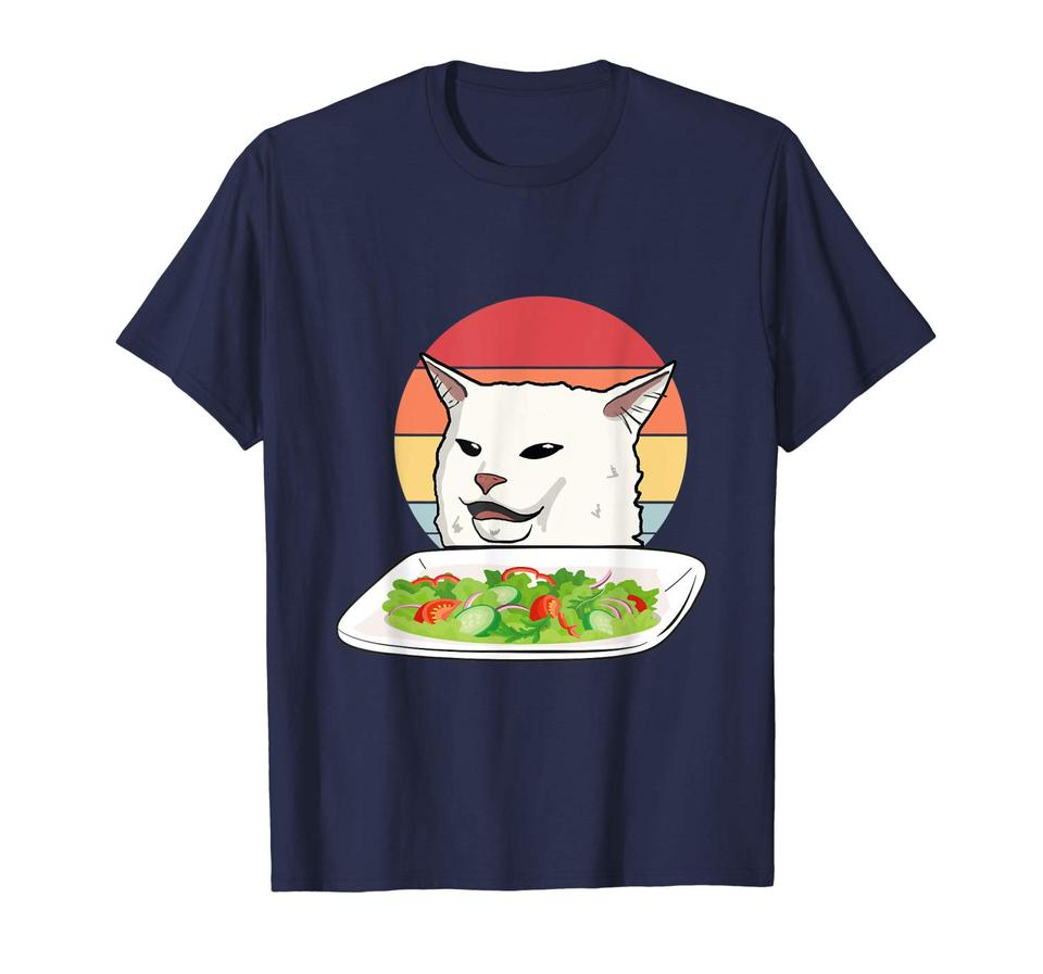 Mulher Com Raiva Gritando No Gato Confuso Na Mesa De Jantar Meme Camiseta úmido Meme Confuso Gato Gordo Olhando Para Confuso Gato Meme