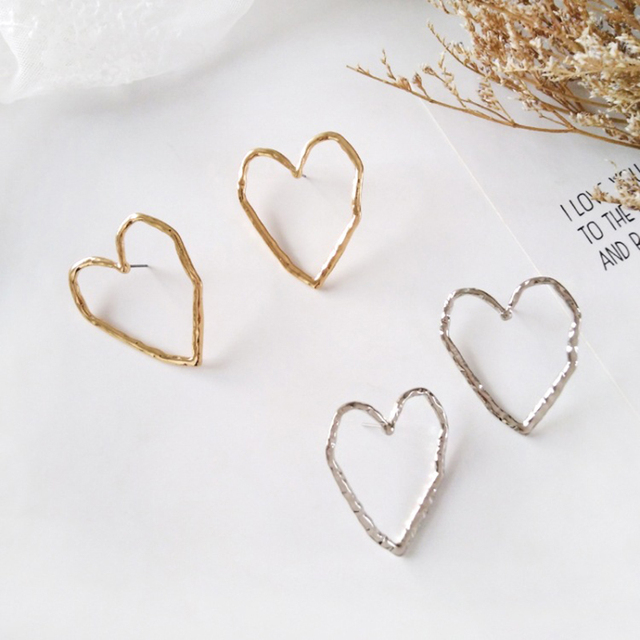 New Korean Fashion Long Big Hollow Oval Heart Pearl Dangle Earrings For Women Ladies Gold Party.jpg 640x640 - New Korean Fashion Long Big Hollow Oval Heart Pearl Dangle Earrings For Women Ladies Gold Party Earring Jewelry Gift