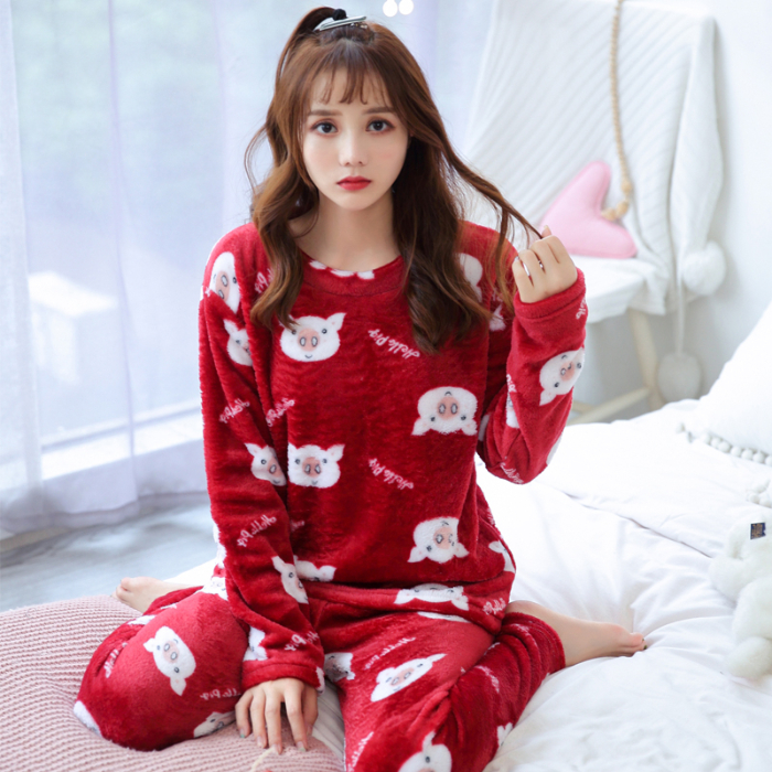 Winter And Autumn Red Pig-Patterned Pajama Sets For Women Soft Warm Flannel Pyjamas Good Quality Pijama Casual Night Sleepwear
