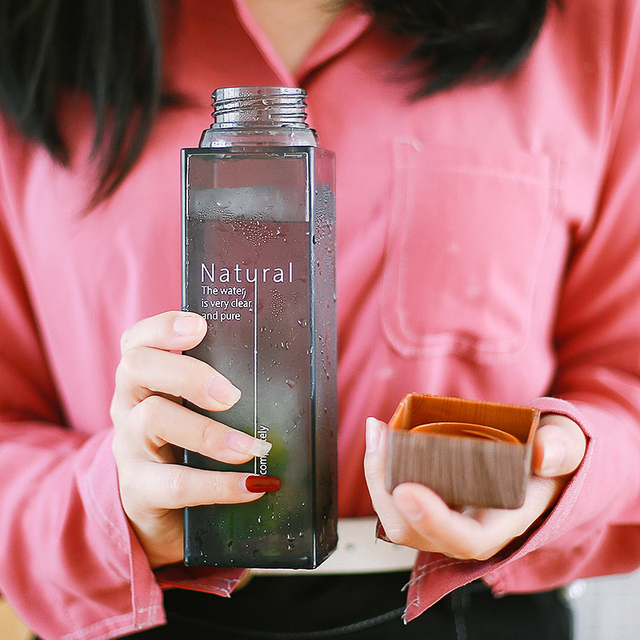 Soffe-bouteille deau avec infuseur de fruits 450ml, bouteille carrée transparente résistante à la chaleur, contenant des boissons pour Camping, en plein air, sans BPA