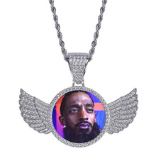 купить Sweey Dropshipping Personalized Men Iced Out Photo Necklace with Wings Customize Hip Hop Necklace Best Gift for Him дешево