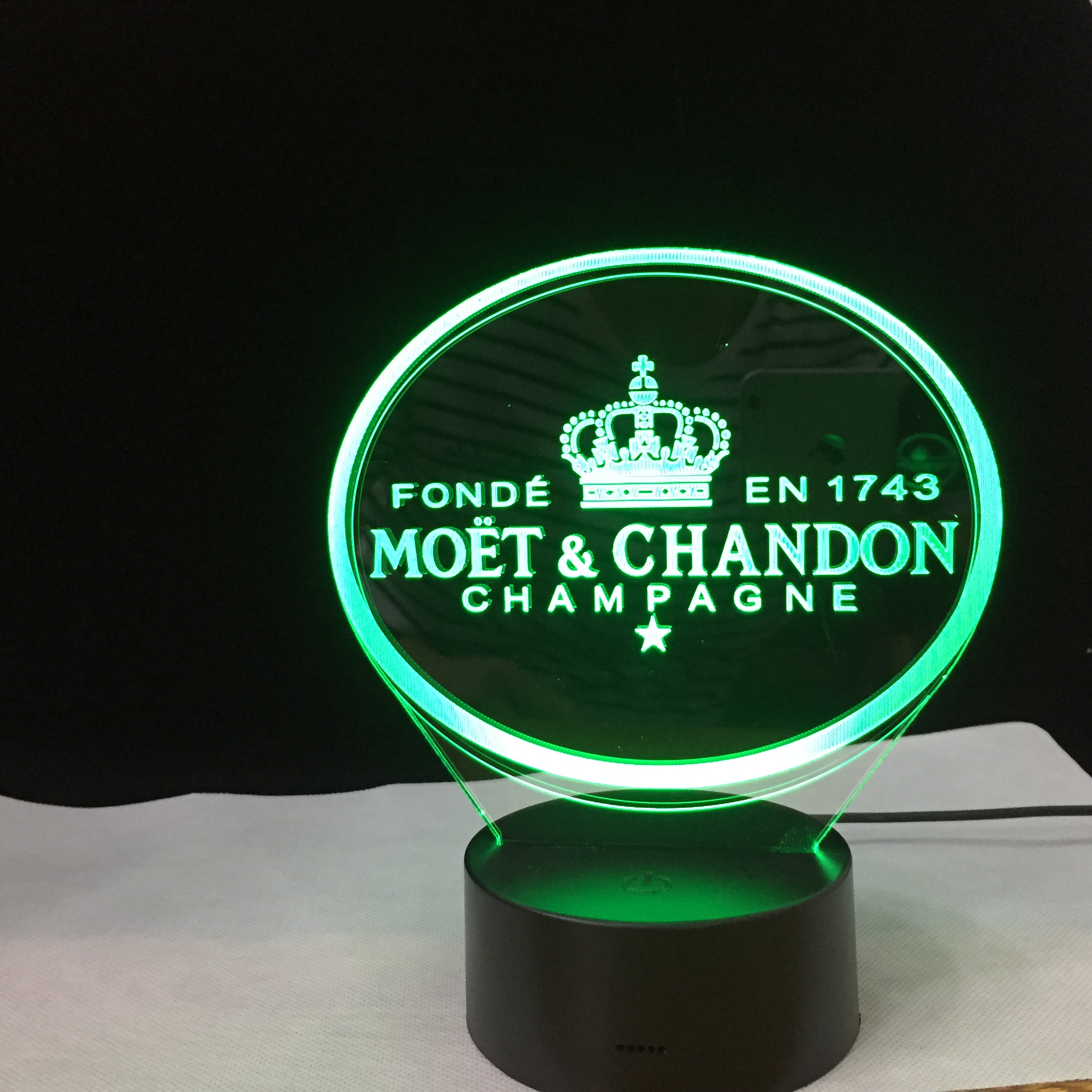Moet Chandon 3D Led Night Light Lamp Gift For Clients Friend Baby Nightlight Usb Or Battery Powered Office Decor Lamp 349