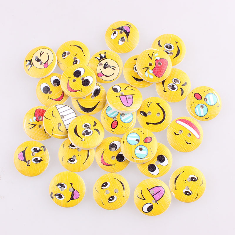Smiley Face 2Hole Wooden Mixed Buttons DIY Decor For Child Clothing Sewing Buttons Crafts Scrapbooking Accessories Decorativos E