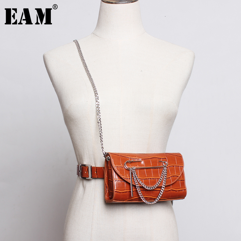 [EAM]  Pu Leather Black Mini-bag Chain Split Joint Long Belt Personality Women New Fashion Tide All-match Spring 2020 1M531