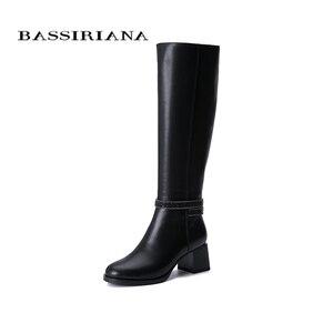 Image 1 - Botas de inverno das mulheres novas BASSIRIANA2019. Pele natural quente. Luta de pele. Parte inferior antiderrapante de borracha. Sapatos baixos.