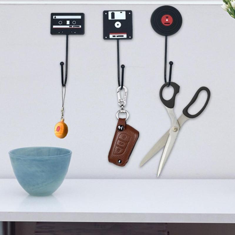 Minimalist Home Decoration Wall-Mounted Hooks Retro Tape Disc Hook Decorative Wall Hooks Bedroom Living Room Sticky Hooks
