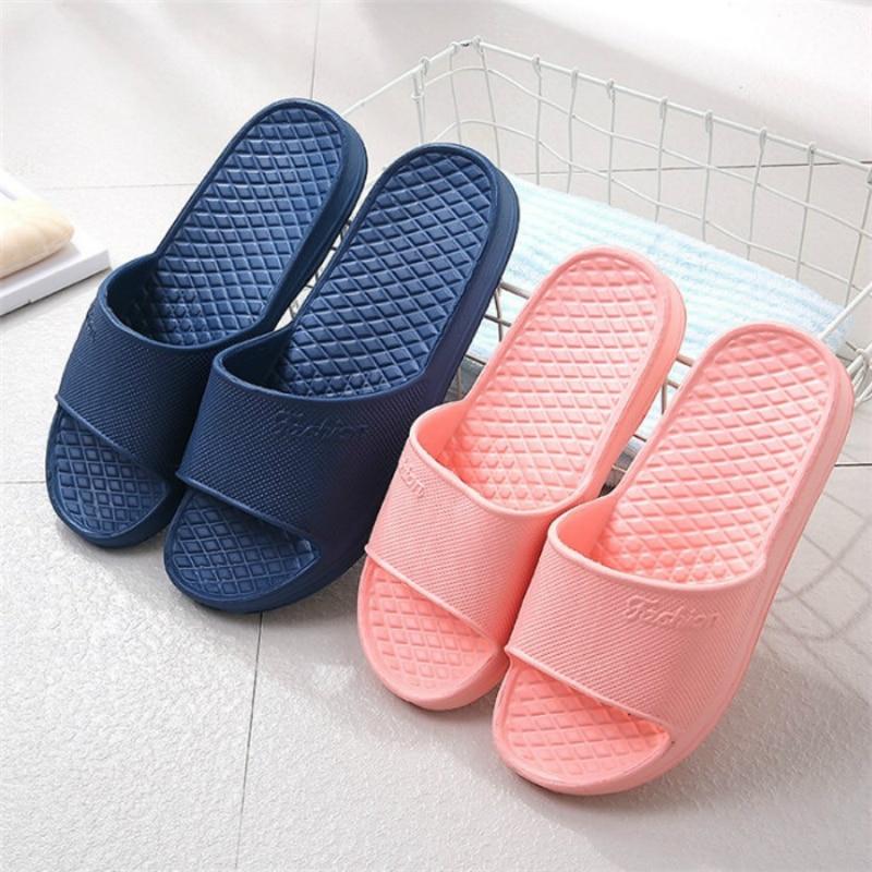 Unisex Home Slippers Summer Indoor Floor Non-slip Slippers Couple Family Women and Men Hotel Bathroom Bath Sandal Slippers 1