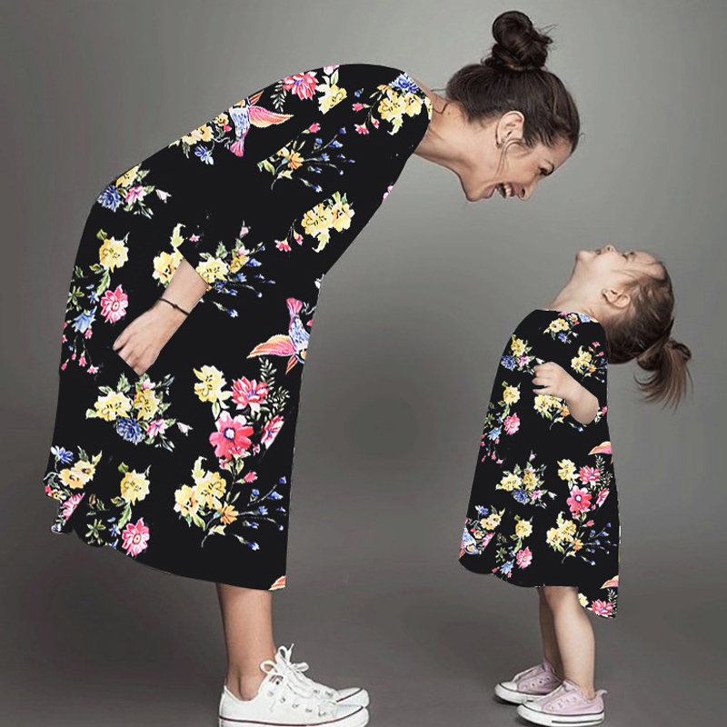 Mother And Daughter Matching Clothing Floral Dress Mom Girls Family Clothes 2020 Summer Long Sleeve Family Matching Outfits New