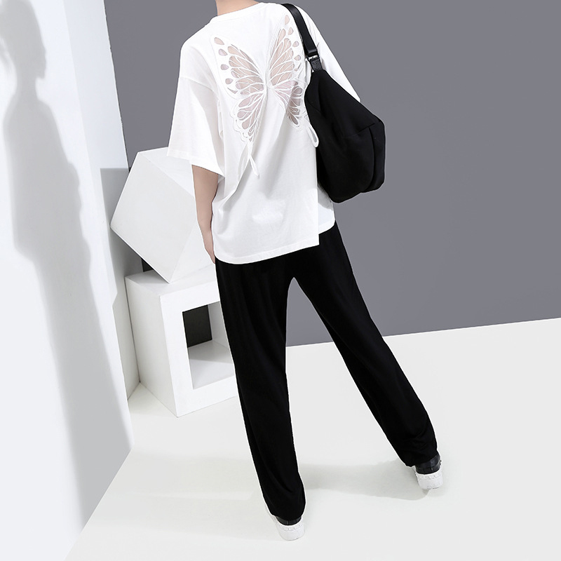 [EAM] Women White Back Hollow Out Temperament T-shirt New Round Neck Half Sleeve  Fashion Tide  Spring Summer 2020 1Y729 4