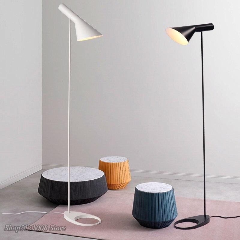 Nordic Modern AJ โคมไฟชั้น Arne Jacobsen LED โคมไฟสำหรับห้องนั่งเล่นห้องนอน Study ขาตั้งโคมไฟตกแต่งบ้านโคมไฟ