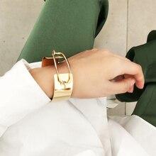 2020 fashion geometric hollow out wide metal bracelet, designed for women to create punk bracelet accessories stylish rhinestone hollow out elastic bracelet for women