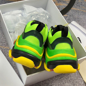 Image 4 - Chaussures de course pour hommes et femmes, chaussures de sport respirantes, athlétiques de marque à la mode, unisexes, couleurs mélangées, collection espadrilles décontractées