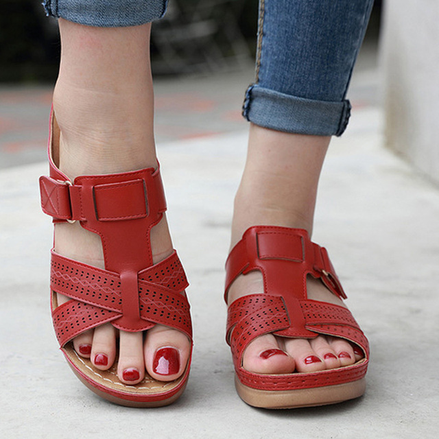 2020 Summer Women Premium Orthopedic Open Toe Sandals Vintage Anti-slip Breathable Leather Casual Female Platform Retro Shoes 1