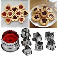 7Pcs/lot Cookie Cutter 3D Stainless Steel Cookie Cutter Mould Gingerbread Cake Biscuit Mould Fondant Cutter Kitchen Baking Tools