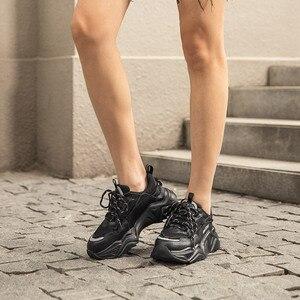 Image 3 - Beautoday chunky 스 니 커 즈 여성 암소 가죽 블랙 아빠 신발 라운드 발가락 레이스 업 레이디 캐주얼 플랫폼 신발 수 제 29534