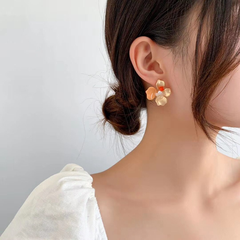 MENGJIQIAO New Vintage Colorful Matte Metal Flower Stud Earrings For Women Students Fashion Oorbellen Punk Statment Jewelry Gift