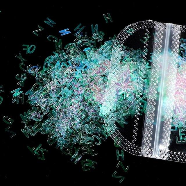 2021 nouveau 5 couleurs Alphabet holographique lettres grosses paillettes époxy résine paillettes 2g par