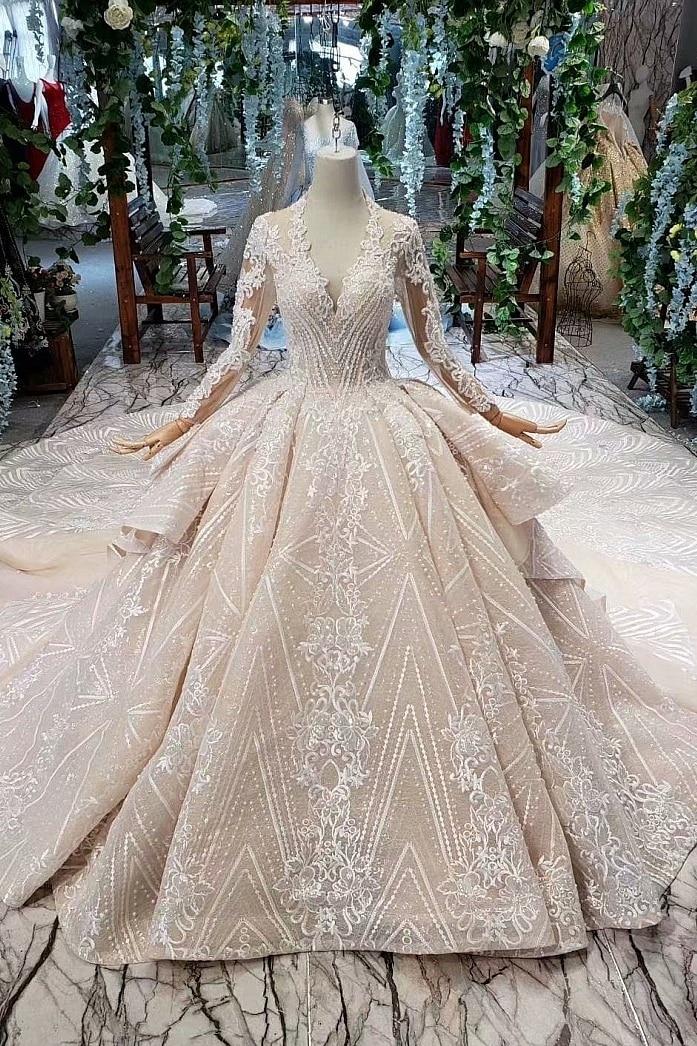 BacklakeGirls 2020 New Deep V Neck Organza Ball Gown Appliqued Beaded Sequins Muslim Wedding Dresses Long Sleeve Hollow Out Back