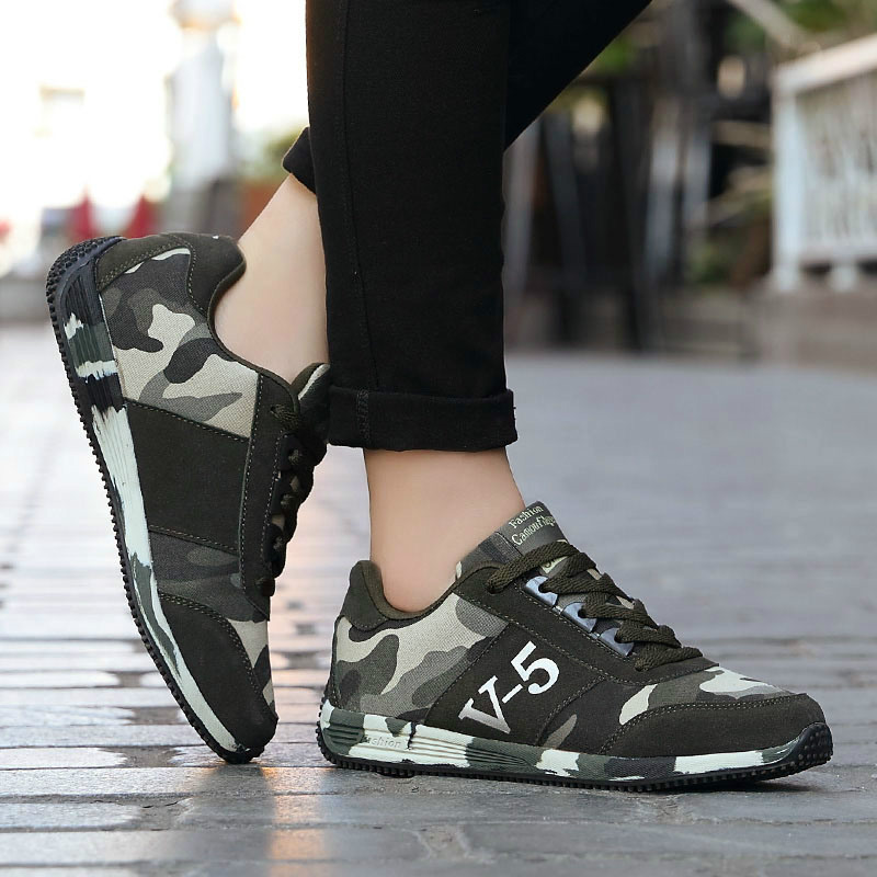 Womens Shoes Fashion Sneakers New Camouflage Canvas Loafers Unisex Four Seasons Shoes High Quality Woman Ladies Low-cut Walking image