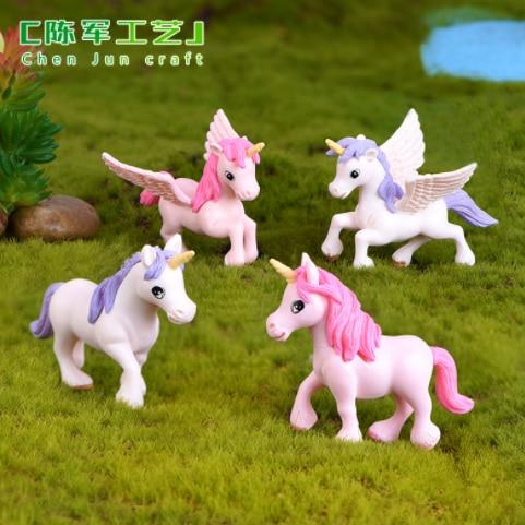 2Pcs/Set Cartoon Flying  Horse Elf Statue Animal Model Figure Ornament  Miniature Craft DIY Toy For Children Birthday Gift 476