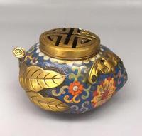 Quemador de incienso de hoja de Cloisonne de flor tallada de latón puro chino ahueca la decoración del hogar