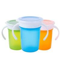 Copo à prova de vazamento para bebês  copo giratório para aprendizagem do bebê com alça dupla tampa à prova de vazamento copo mágico para treinamento de água crianças