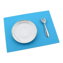 1pc Silicone Placemat Baking Mat Non Stick Pan Liner Placemat Table Protector Pad Waterproof Coaster Kitchen Supplies 28x21cm