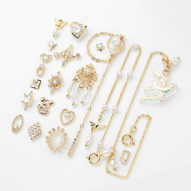 2 PCs Water Drop Crystal Dangle Chain Charms Nail Jewelry 3D Decorations Luxury Crystal Nail Rhinestones For Nails DIY
