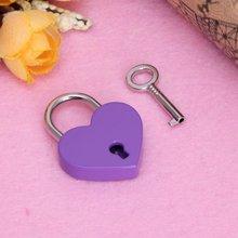 Винтажный старинный мини замок в форме сердца с ключом