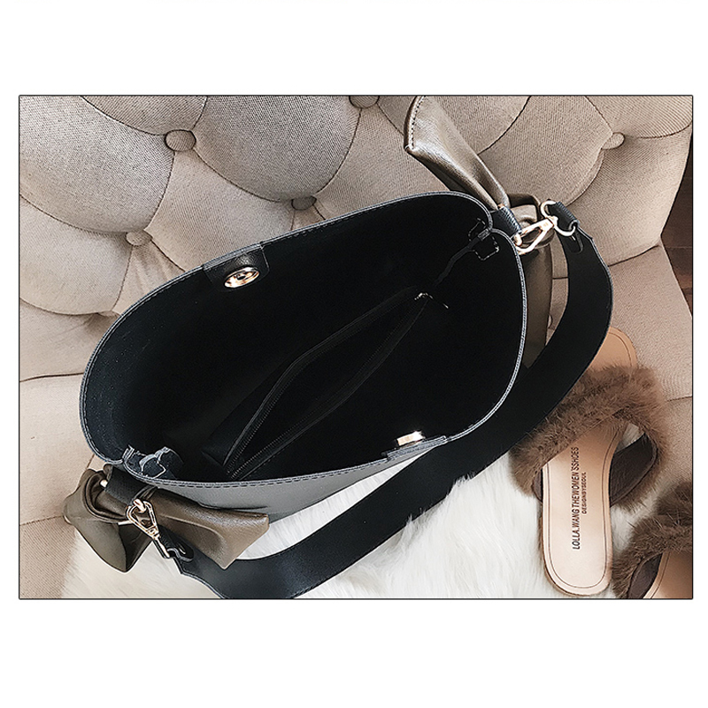 Vintage Large Capacity Buckets Bag Women Designer Wide Strap Shoulder Bags Luxury Pu Crossbody Bag Casual Female Purses Totes in Shoulder Bags from Luggage Bags